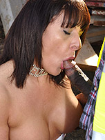 Slutty Milf takes a local builders big hard helmet from Carly Cumslut