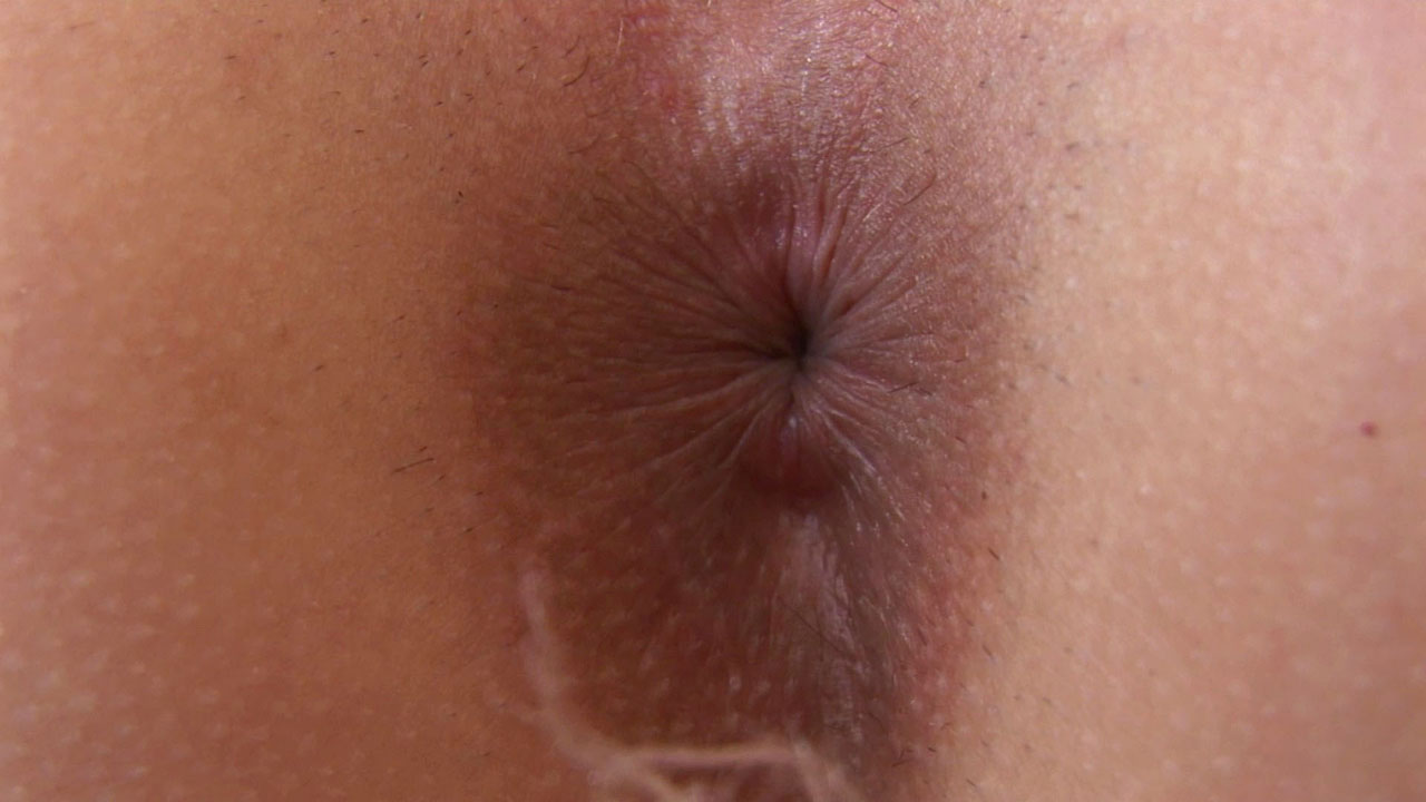 Close up picture asshole pussy