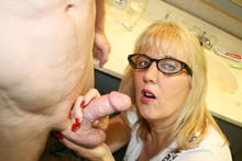 Horny Mommy Milked from Cum Blast City
