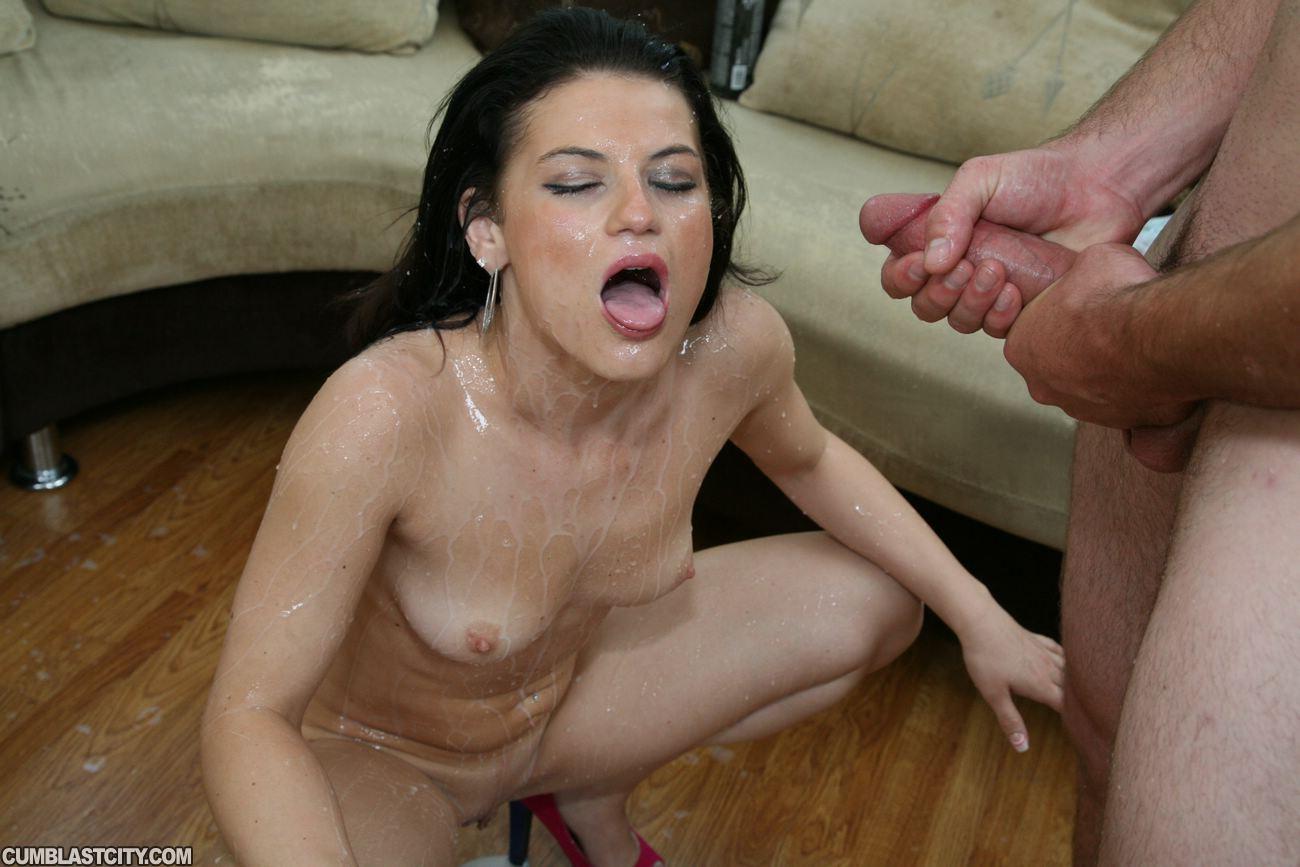 Сперма в штанах порно 9 фотография