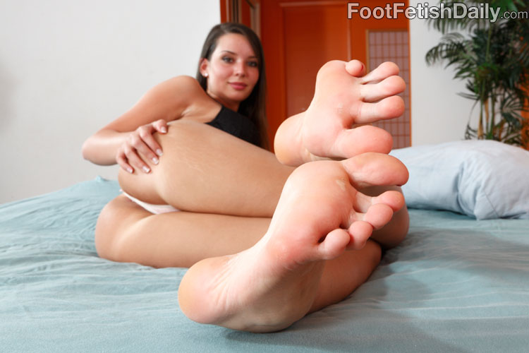 Bare feet fetish sites