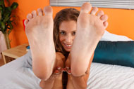 Presley Hart Wraps Her Sexy Feet Around a Pulsing Dick from Foot Fetish Daily