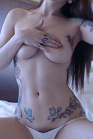 Ivy Snow hot self shots and gets naked from Ivy Snow