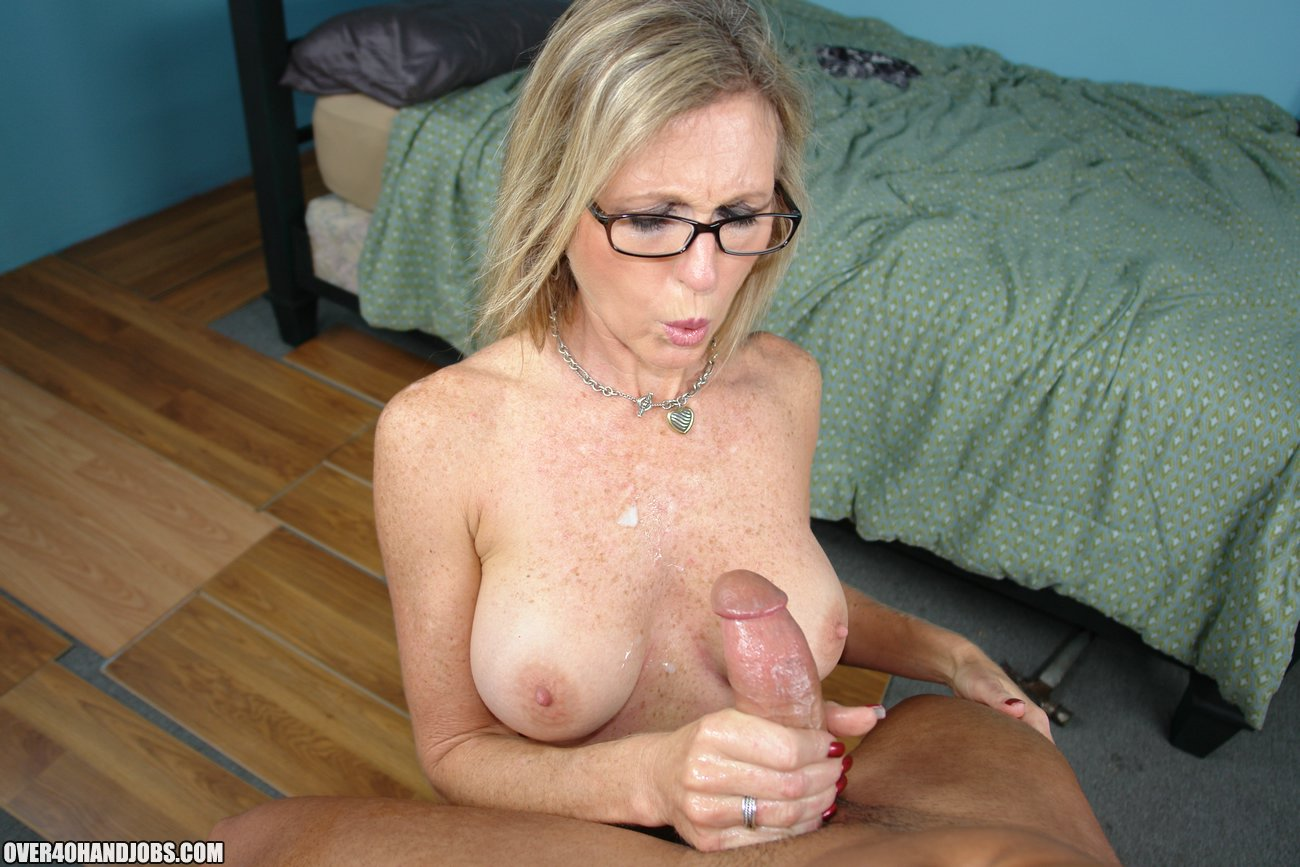 Facial Over 40 sex vids Carolyn Murray her