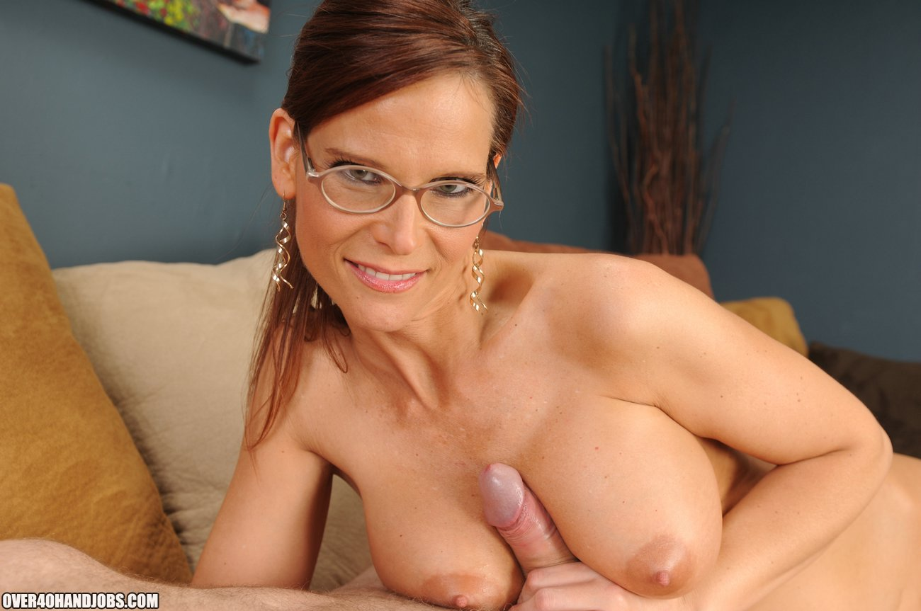 Cum Crazed Mom Demar Syren From Over Handjobs