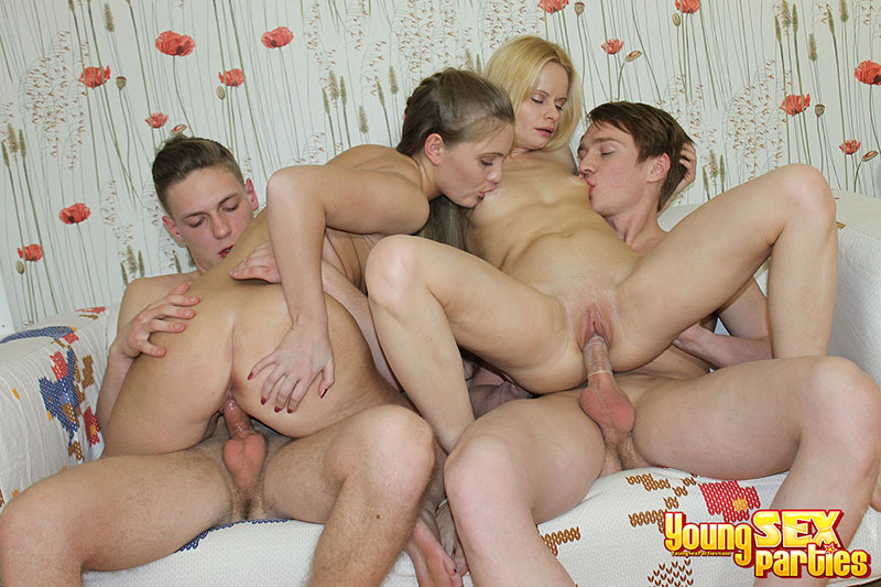 Real group sex orgy - XVIDEOSCOM